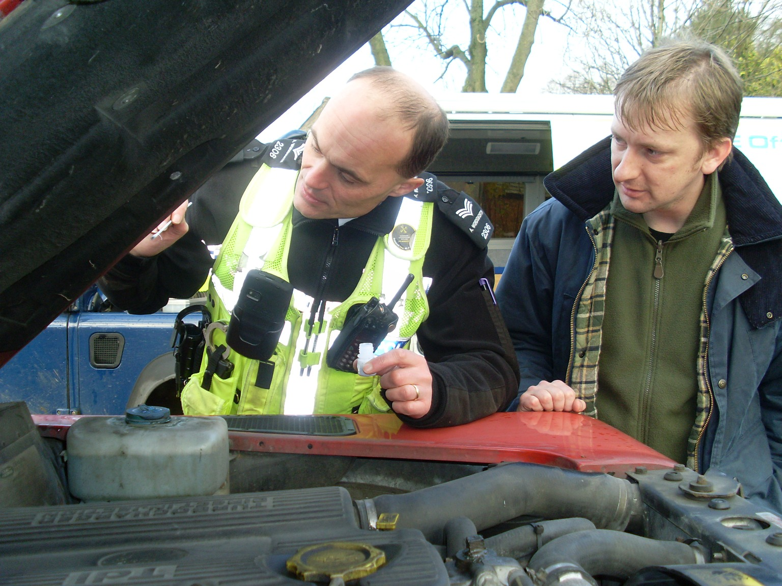 Land Rover Owners Rev Up For Police Security Marking