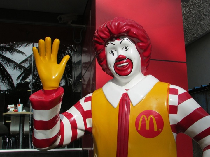 Maccas use DNA Spray to stop robbers