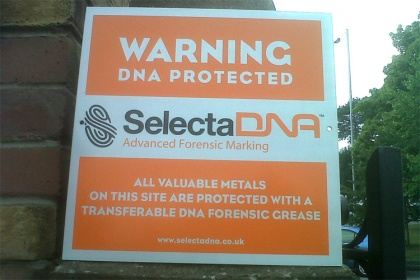 SelectaDNA Grease Outdoor Warning Sign (Orange 30x30cm)