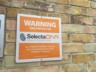 SelectaDNA Outdoor Warning Sign (Orange 30x30cm) thumbnail